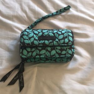 NWOT Wristlet with crossbody shoulder strap
